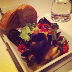 Because only highlighting their drinks would be sinful. Mussels swimming in amarillo butter.